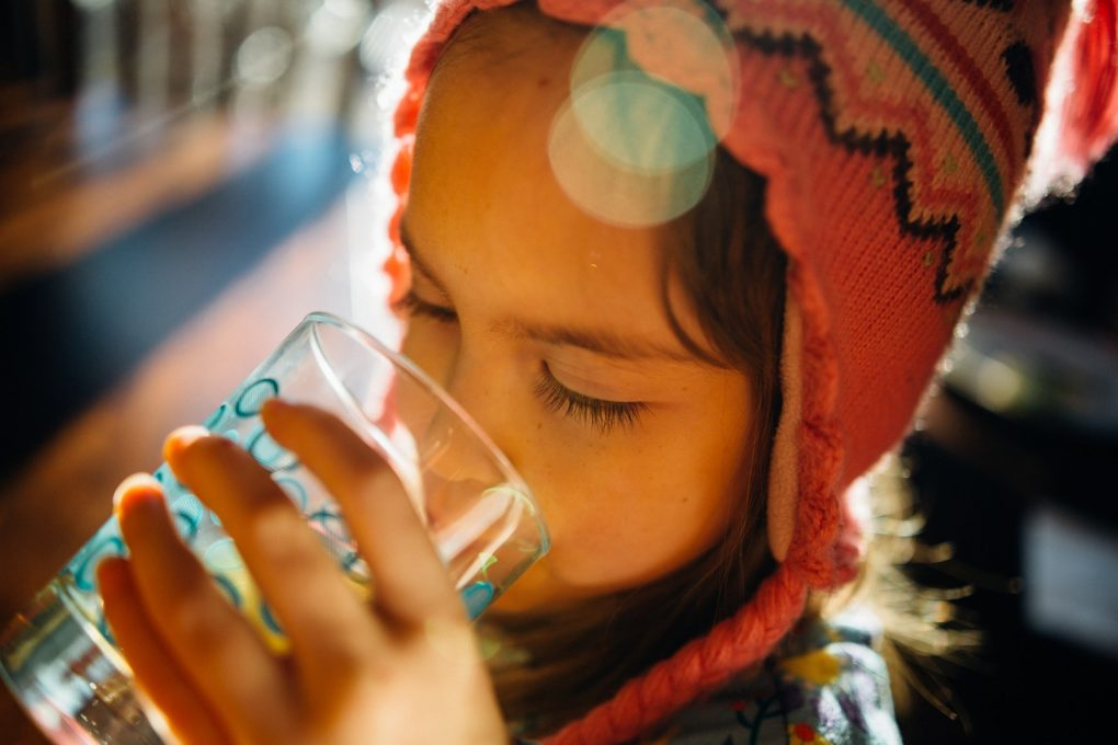 drinks Water